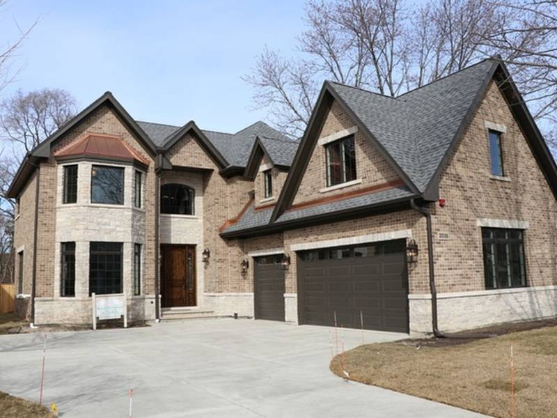 Bears Tight End Buys Northbrook New Construction