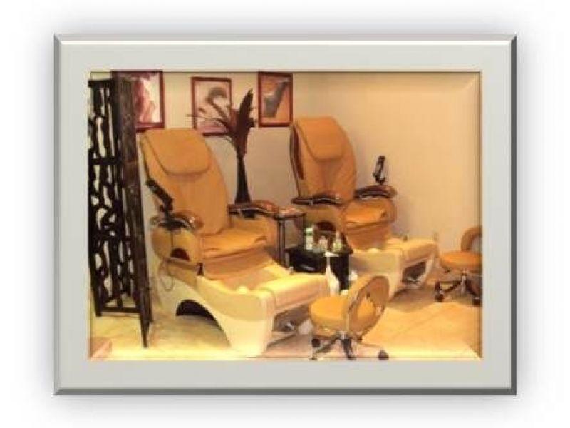Spa and salon liquidation over 90k in furniture for Salon liquidation