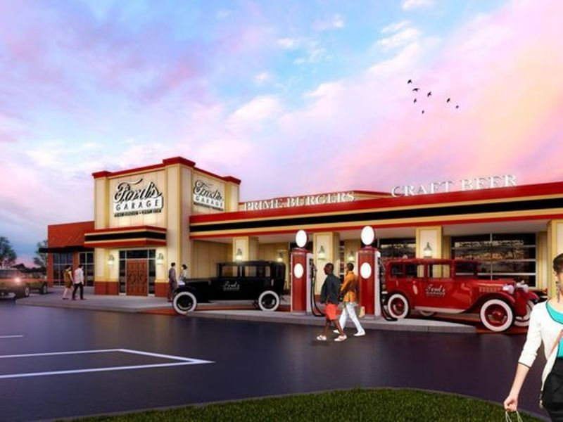 Fords garage plans late june opening in dearborn for Garage ford bretigny