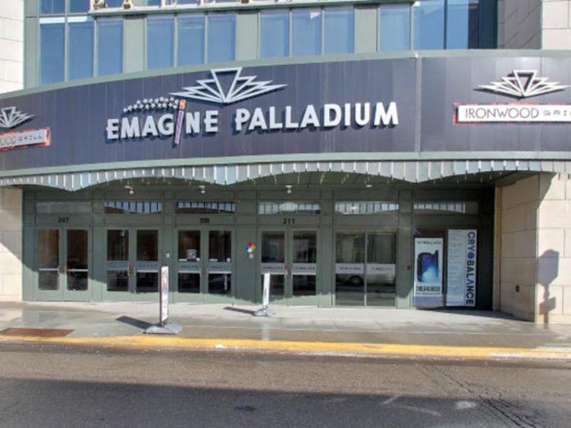 Emagine palladium restaurant scores approval birmingham for Emagine birmingham