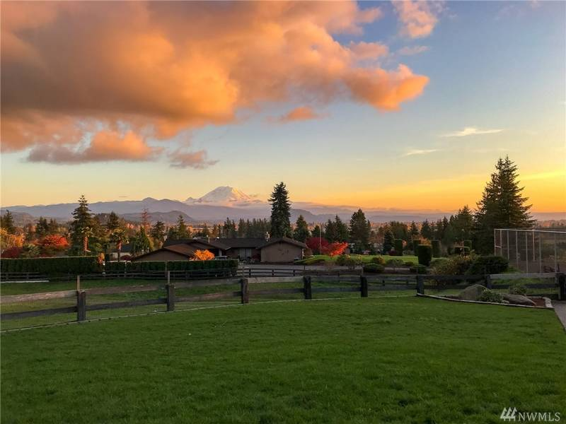 2-Acre Enumclaw Property Includes Tennis Court, Stunning Views