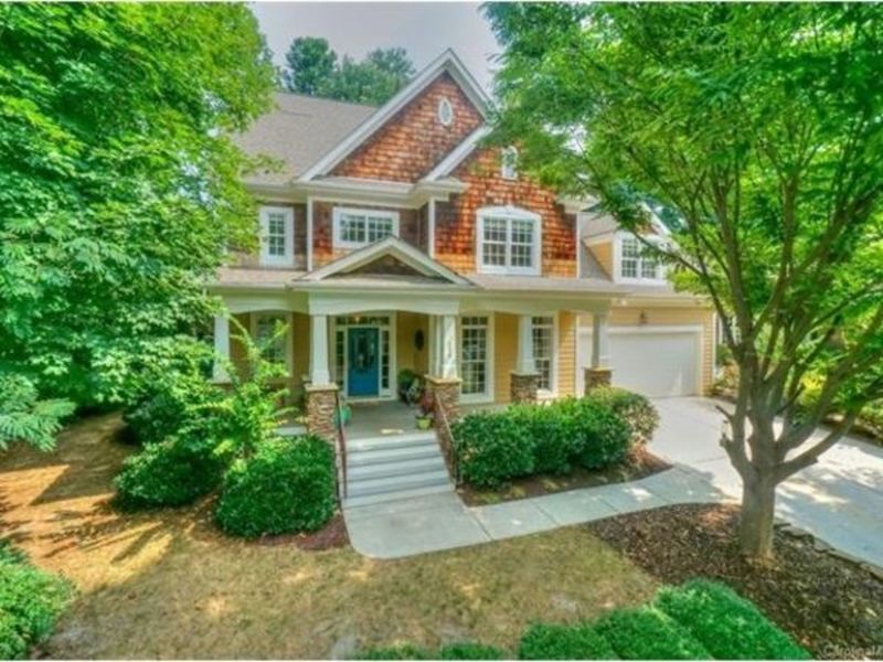 This Week S Most Amazing Homes In Charlotte Lake Norman