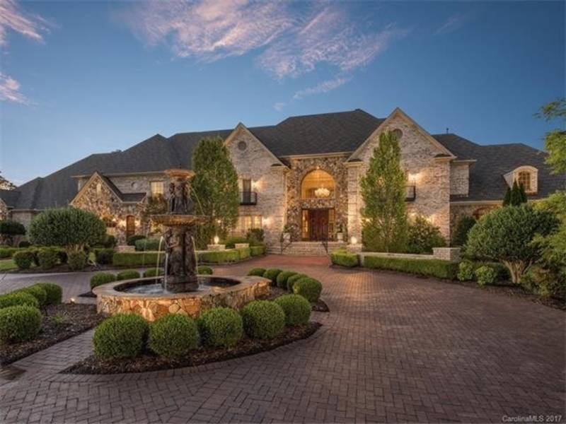 This Week's Most Stunning Homes In Charlotte, Lake Norman
