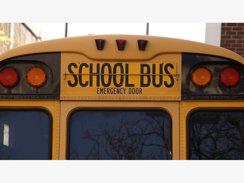 Charlotte Schools Launch Here Comes The Bus Gps Tracking App
