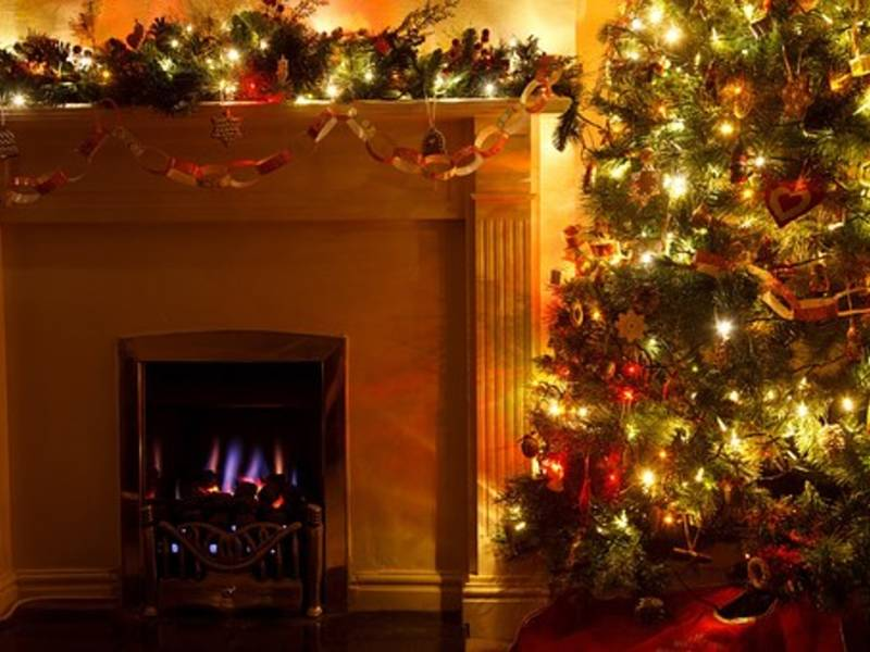 deadly christmas trees and holiday decorations fire safety tips - When Did Christmas Become A National Holiday
