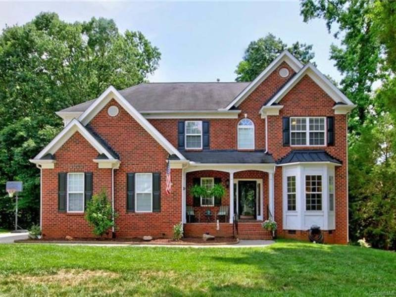 300k Buys This Brick Home In Mooresville Mooresville