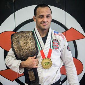 Long Island Brazilian Jiu-Jitsu World Champion opens 2nd BJJ academy in West Islip