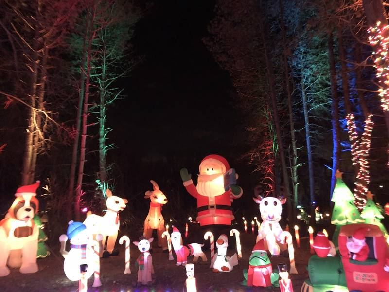Mack Manor' Christmas Display Drive-Through | Crystal Lake, IL Patch