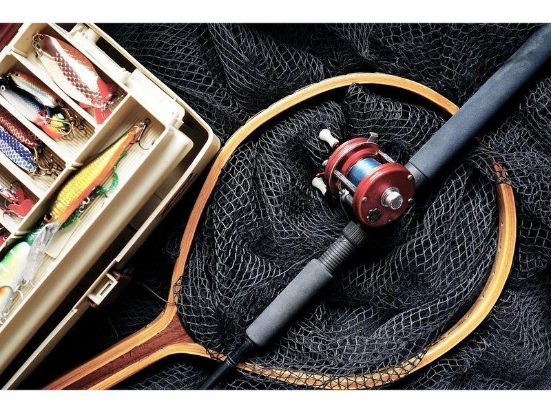 Bass pro shops hosts family fishing event cincinnati oh for Fishing in cincinnati