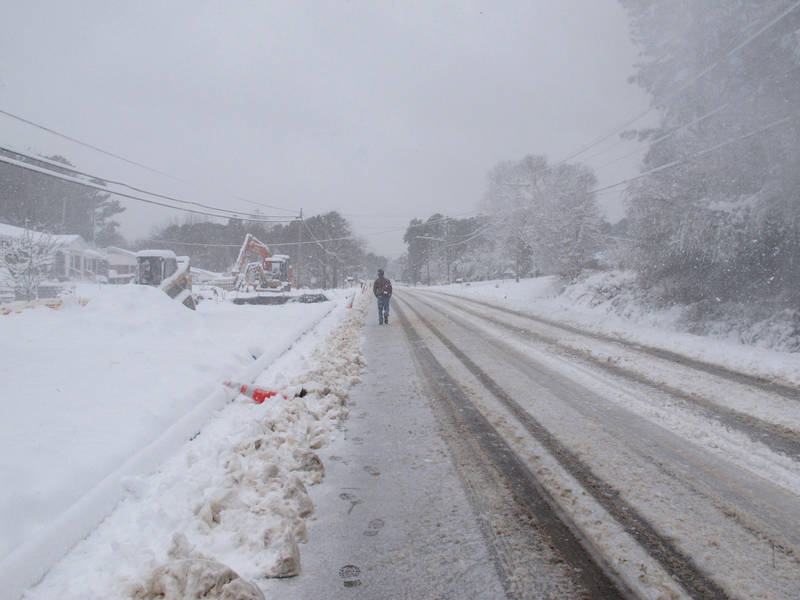winter storm blankets north carolina  226k now without