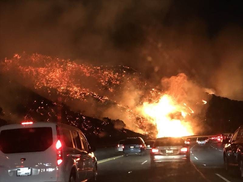 Southern California Fires: 177K Evacuated, 405 Freeway Closed
