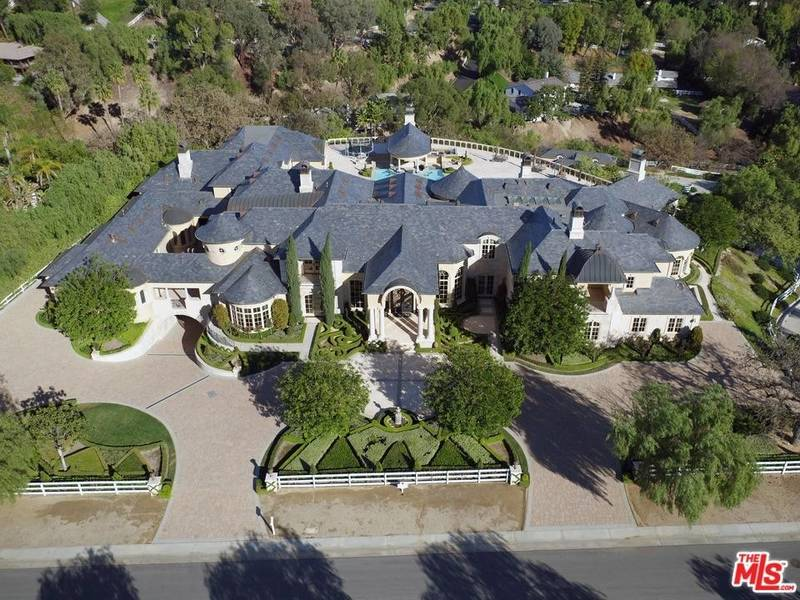 gorgeous french style calabasas estate on sale for 15 995 000
