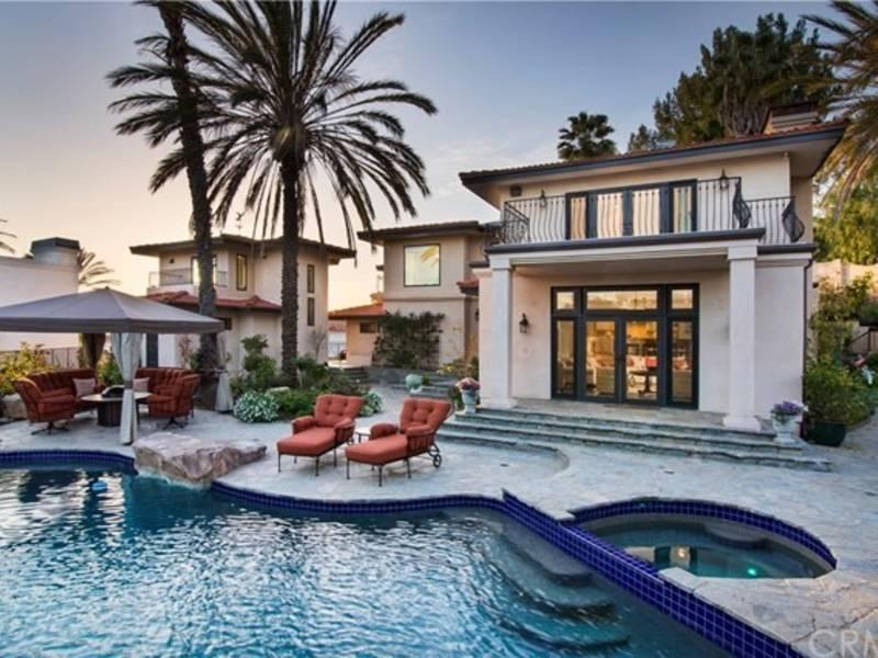 palos verdes dream home includes luxurious oasis backyard palos