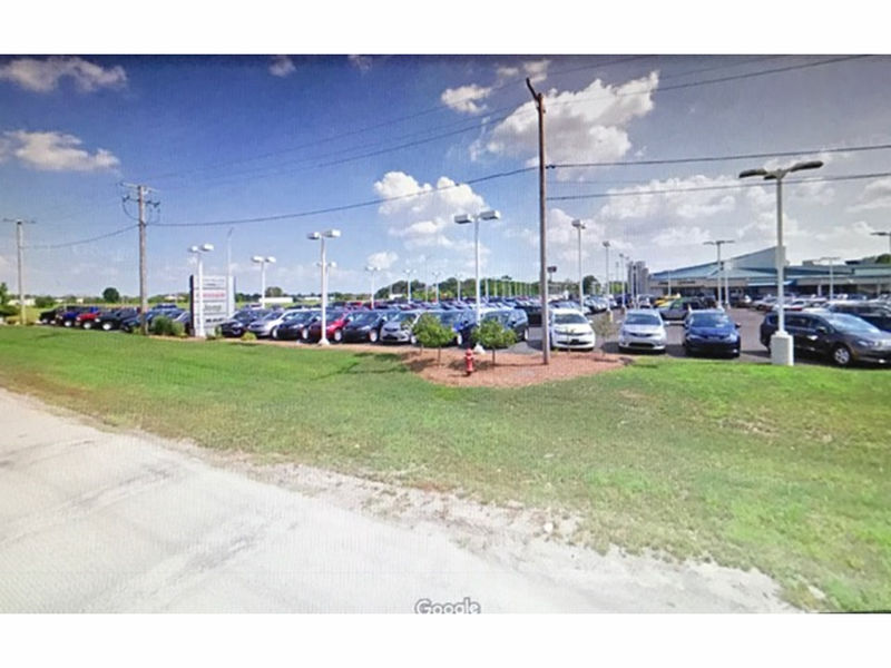 He stole jeep from shorewood 39 s dealership complaint for Tyson motors in shorewood