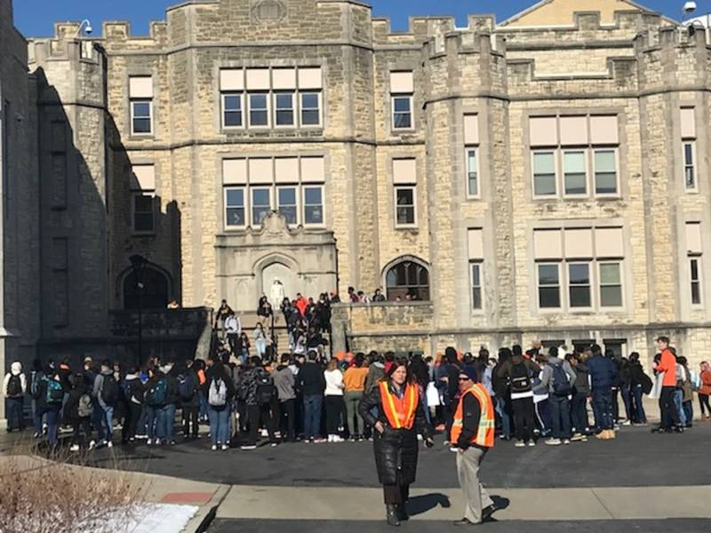 New Lenox Illinois >> Droves Of Joliet Central Students Walkout Of Class | Joliet, IL Patch
