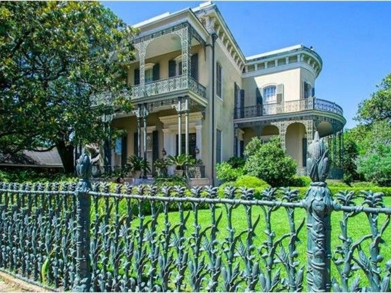 5 New Orleans Wow! Houses In The Historic Garden District | New ...