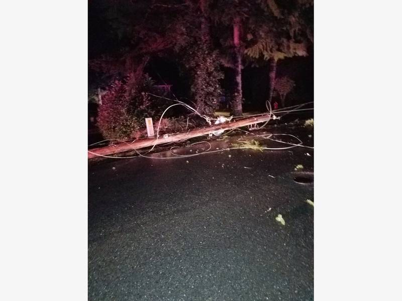 how to put a iphone in recovery mode car v pole crash causes power outage road closure 2738