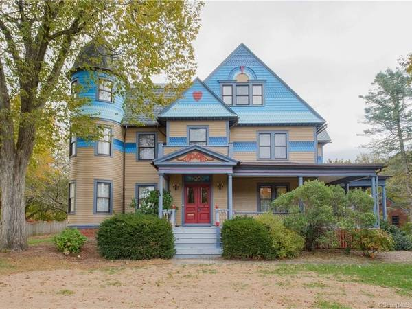 Historic House For Sale In Windsor