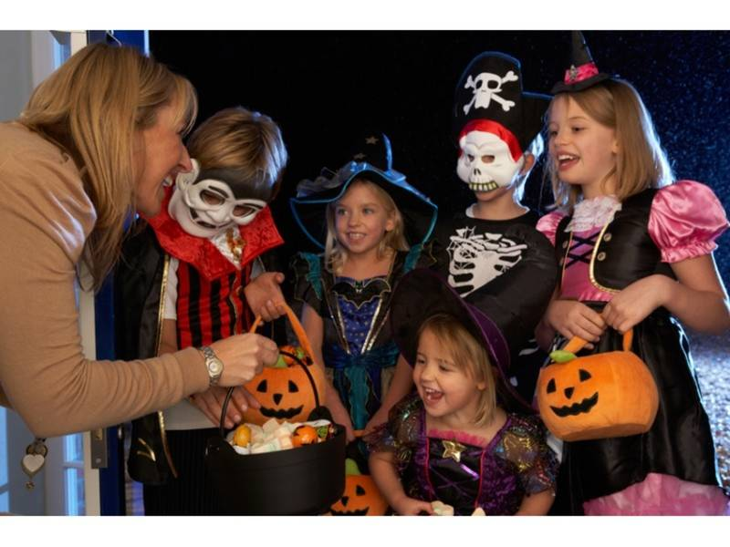 2017 halloween trick or treating in north andover what you need to know
