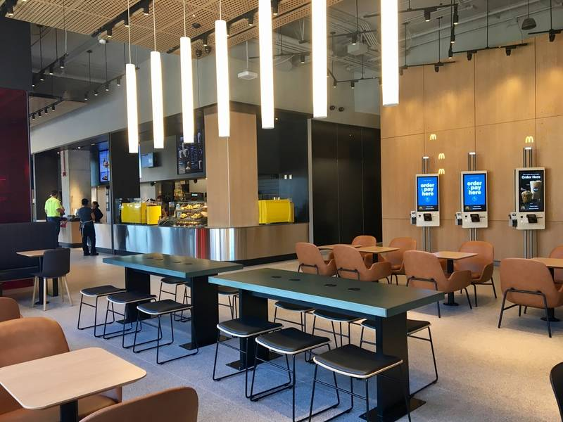 New Mcdonald S Hq Global Restaurant Opens