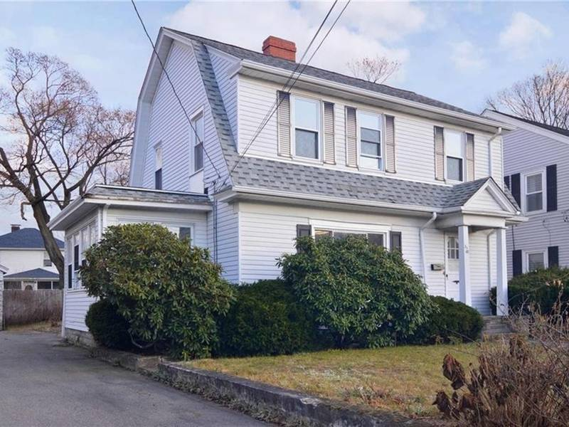 Homes for sale in ri east providence real estate guide for Rhode island home builders