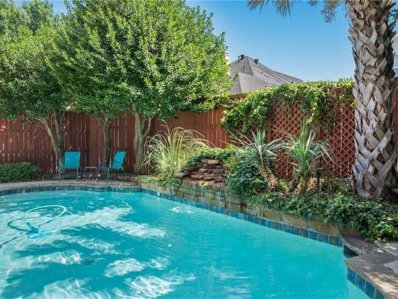 Five plano houses with pools luxurious living plano tx patch for Public swimming pools in mckinney tx
