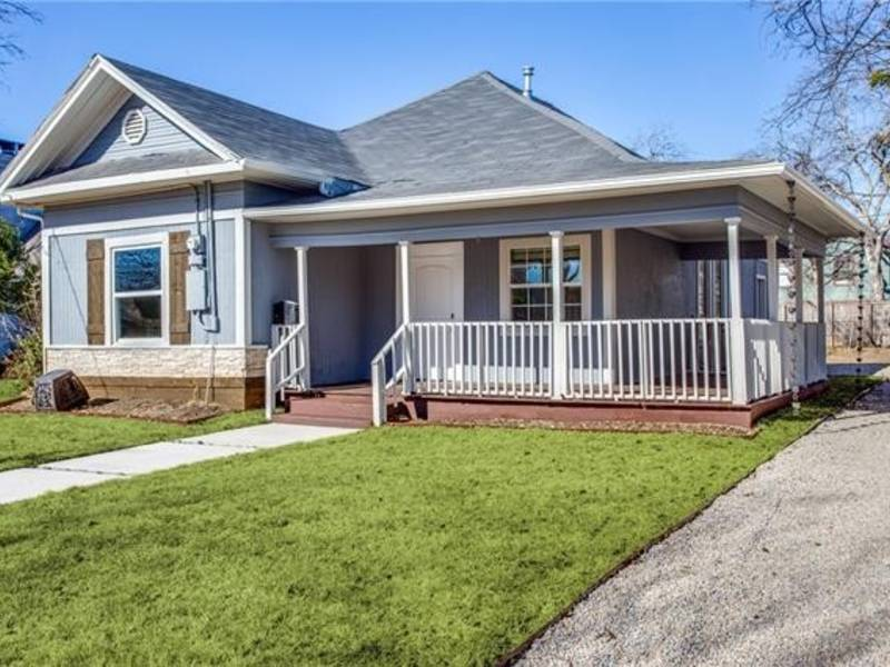Dallas craftsman home only minutes from downtown dallas for Craftsman style homes dfw