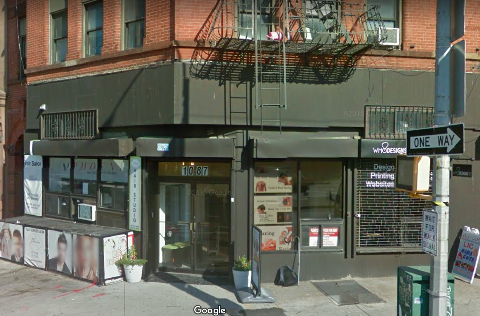 Burglar steals electronics from salon in long island city for Aaina beauty salon electronic city