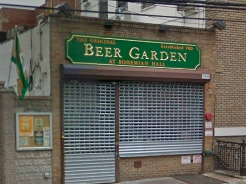 disgusted diner finds spit in it scrawled on burger order - Bohemian Beer Garden