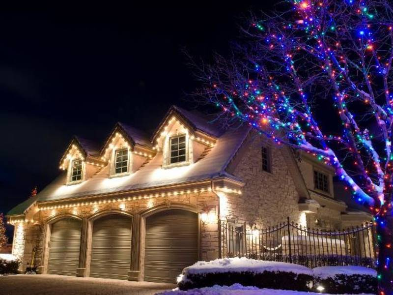6 fun facts you need to know about lighting up your christmas