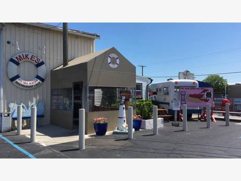 St Clair Ss Restaurant Getting Rooftop Food Truck