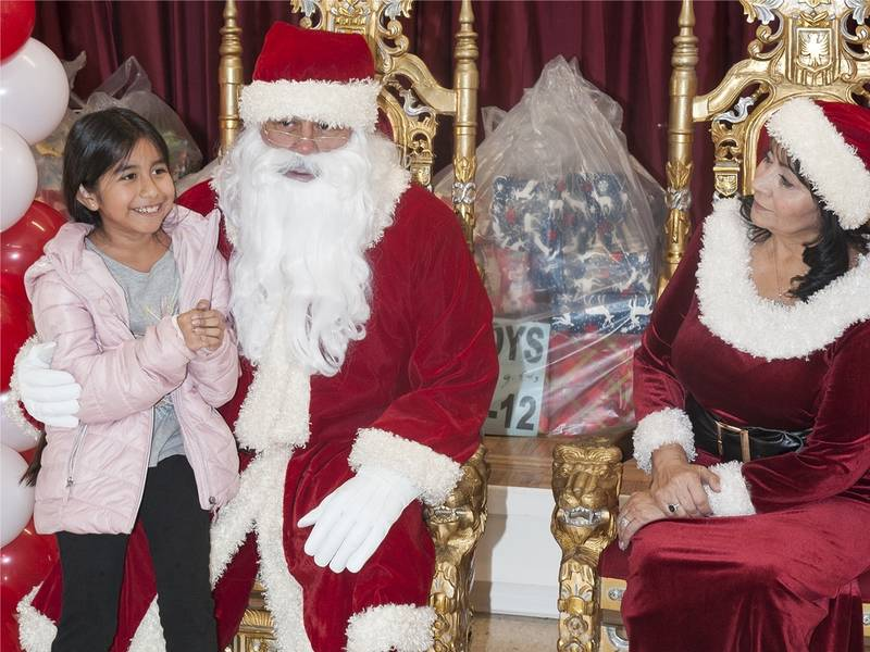 Culver City Elks hold Children's Christmas Party