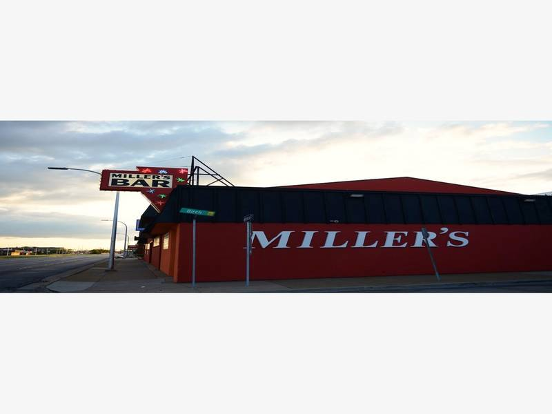 Miller 39 s bar burger named one of best in country for Royal family motors canton