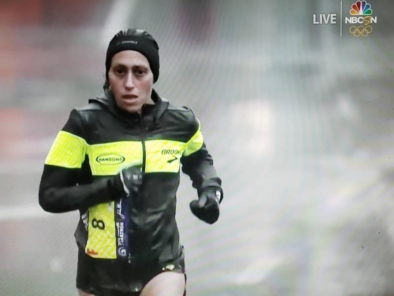 0856290bda4 Michigan Runner Desiree Linden Wins 2018 Boston Marathon