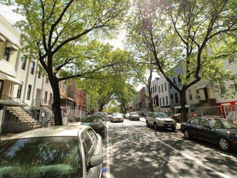Cheapest brooklyn room rentals bed stuy ny patch for Bed stuy fish fry nostrand ave
