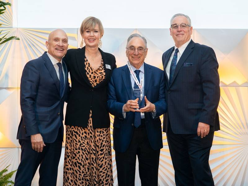 Darvin Furniture wins national leadership award