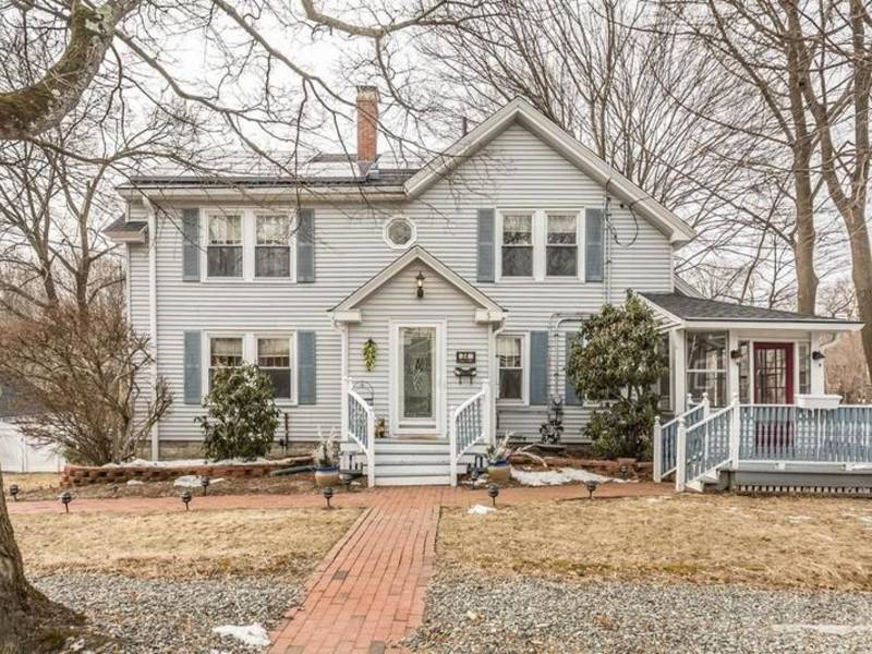 Stoneham: Check Out 5 Local Homes For Sale