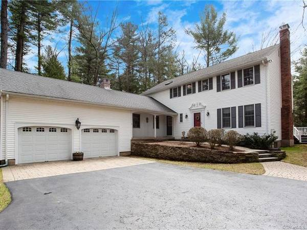 Simsbury: 5 Nearby Open Houses Coming Up