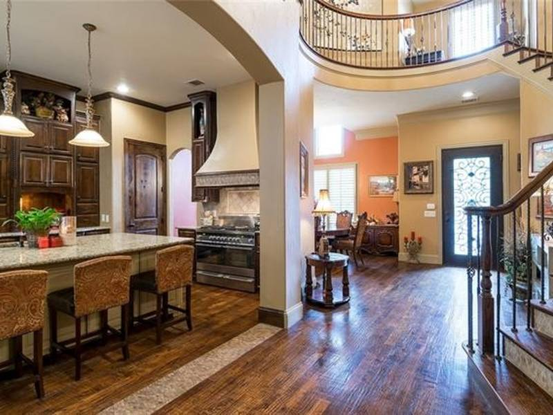 Check Out This Traditional-Style Home In Plano
