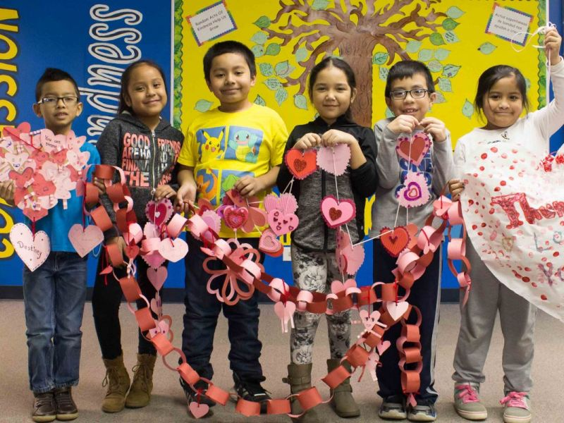 wheeling elementary school spreads the love to