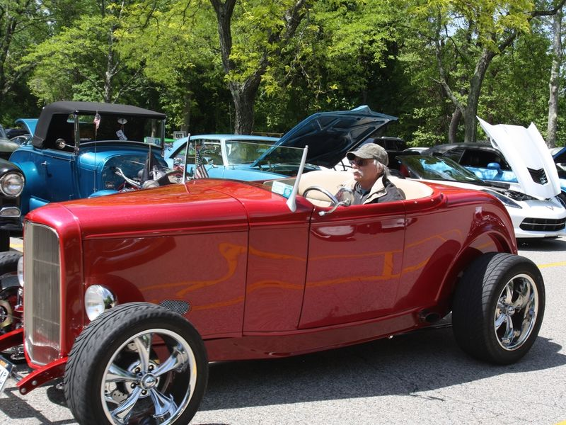Car Show Highlights Classic Autos, Career Services Campus   White ...