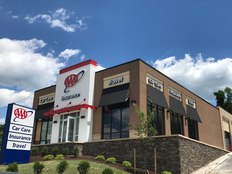 Aaa mid atlantic opens new car care insurance travel for Aaa motor club locations