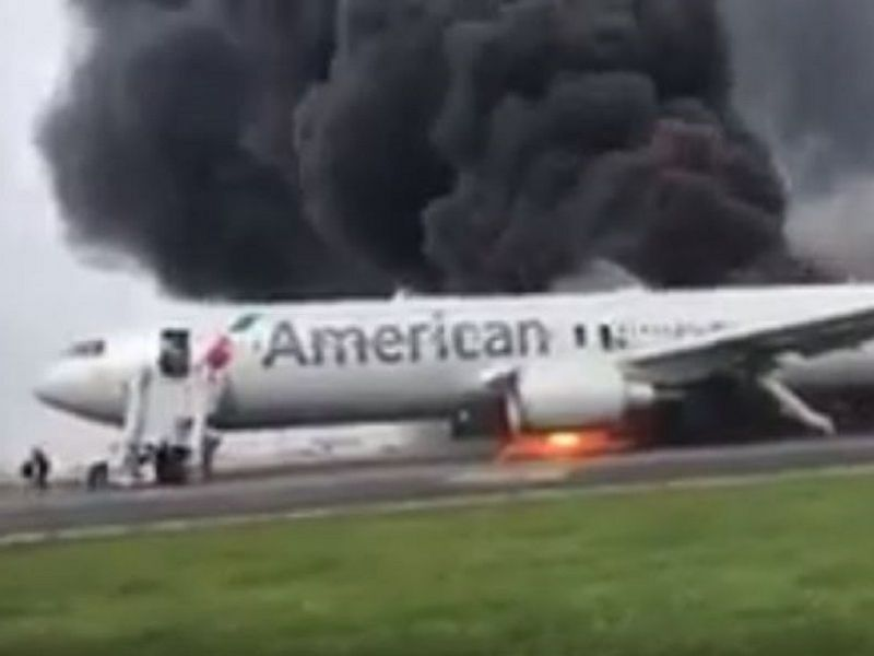 O'Hare Plane Fire: Panicked Passengers Flee Jet As Flames Engulf Engine | Chicago, IL Patch