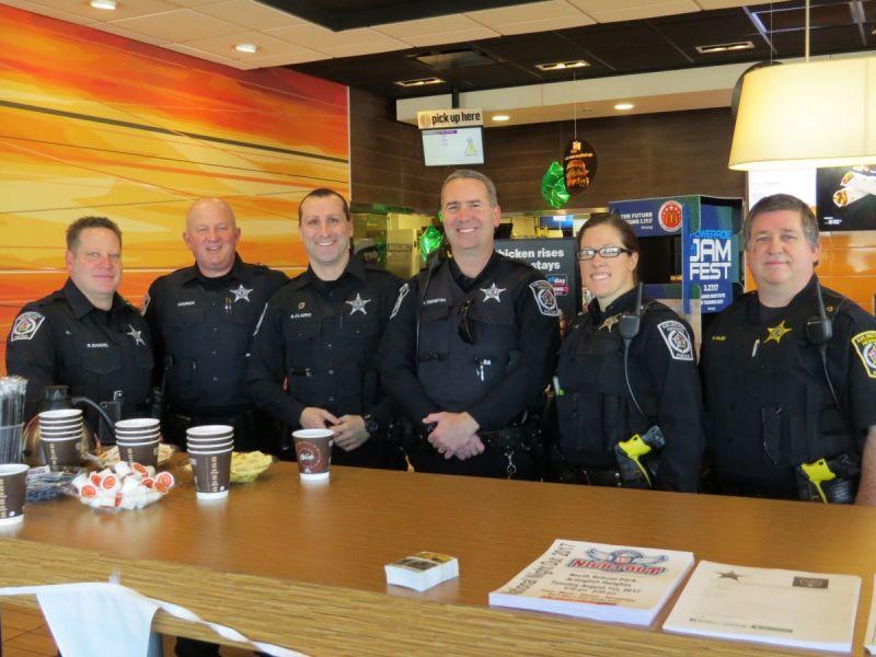 mcdonald u0026 39 s hosts coffee with a cop in arlington heights