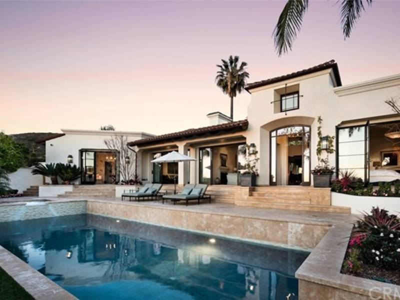 ... This Laguna Beach Estate Has An Amazing, Modern Dining Room 0 ...
