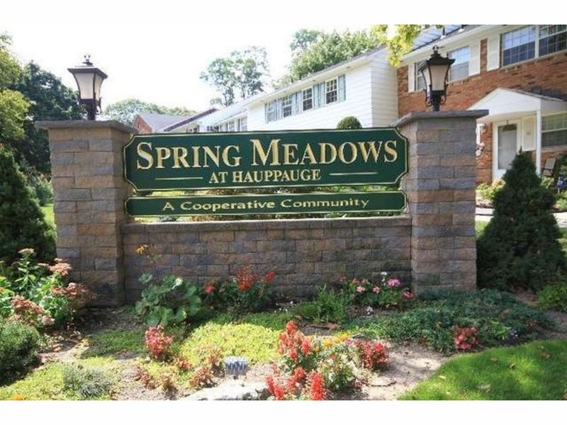 Spring Meadows Co-ops in Hauppauge New York