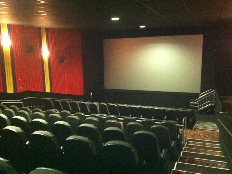 crystal lake regal cinema to air presidential debate wednesday - Regal Cinemas Garden Grove 16