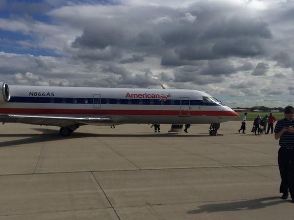 Flight to Iowa makes emergency landing outside Chicago