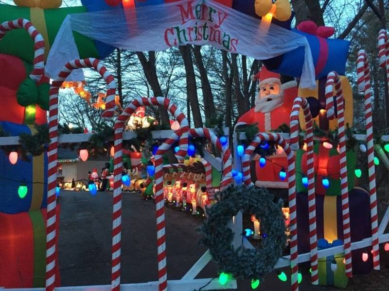 Local Holiday Display Garners National Attention | Crystal Lake, IL ...