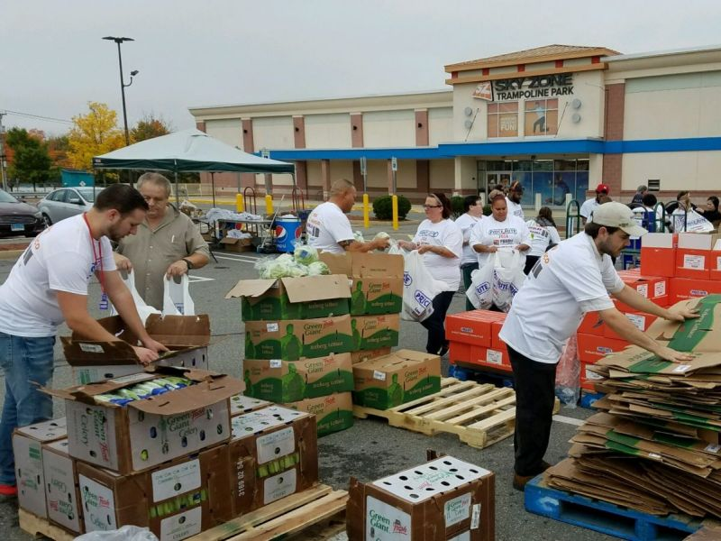 Price Rite Partners Food Bank Others To Donate Food